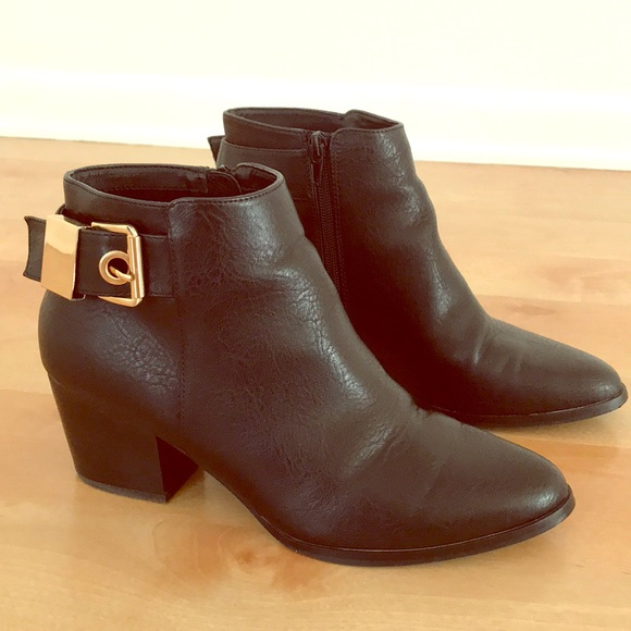 723a99adc7 Aldo Shoes - Aldo Black Leather Ankle Boots with Gold Buckles